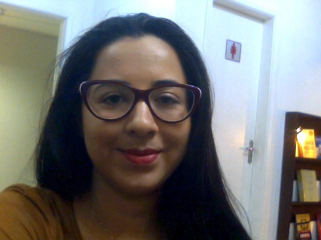 Simone Morais Oliveira